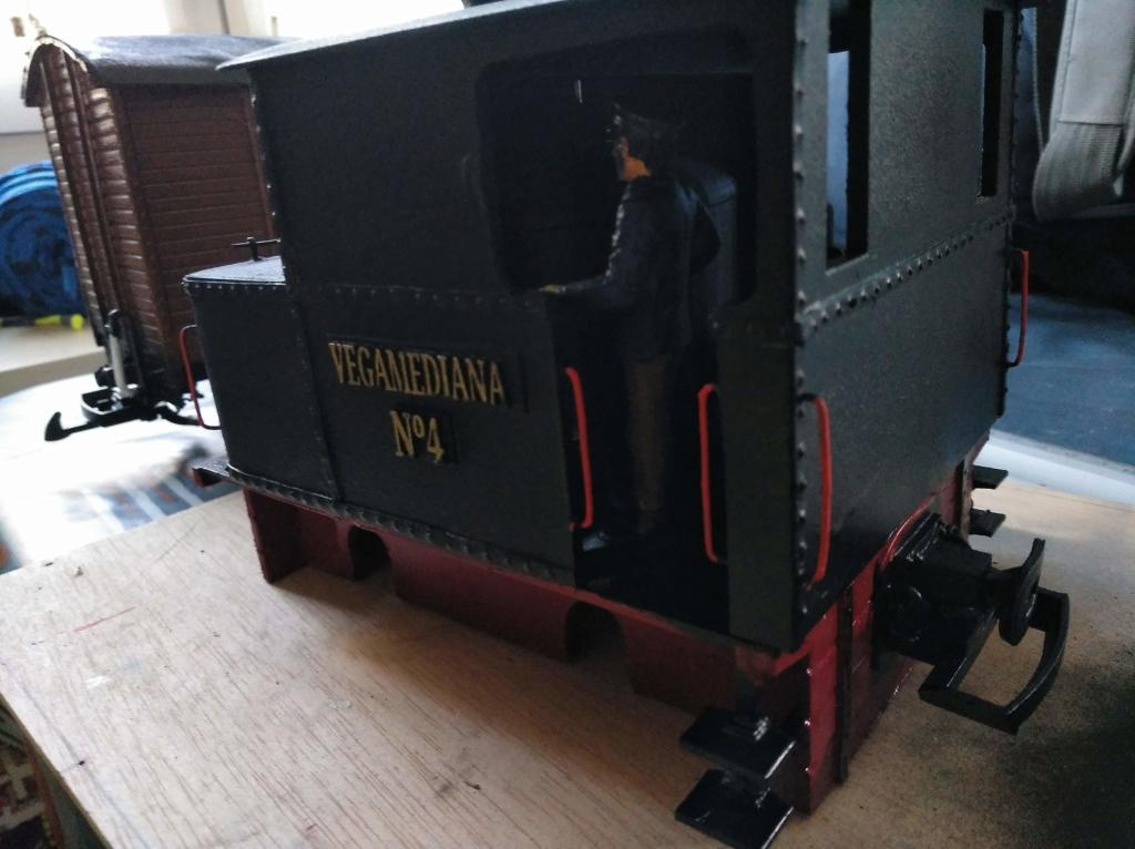 locomotora caldera vertical nº4 VEGA MEDIANA Img_2281