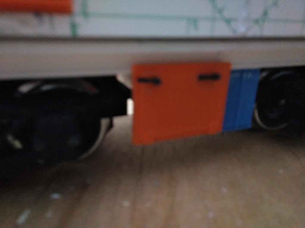 locomotora obb 293 - Página 2 Img_2572