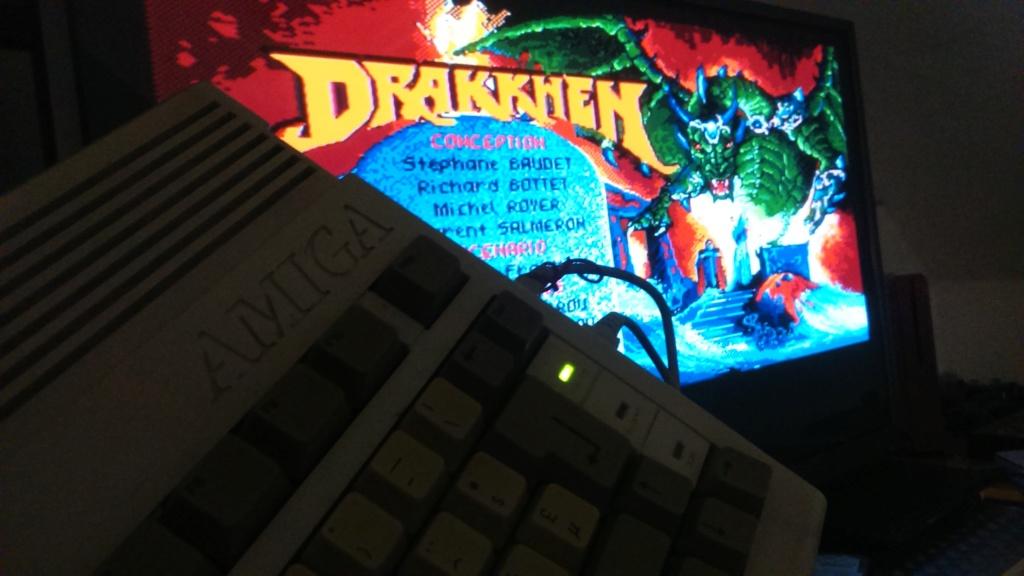 (vds ech) jeux amiga commodore en boite. big box plus notice  ween & drakken. révision du prix  Dsc_0730