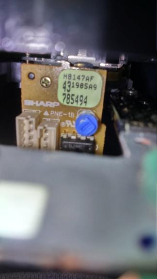 neogeo cd les jeux se lance pas mais la lentilles marche. mission complète j'ai réussi ;) Dsc_0935