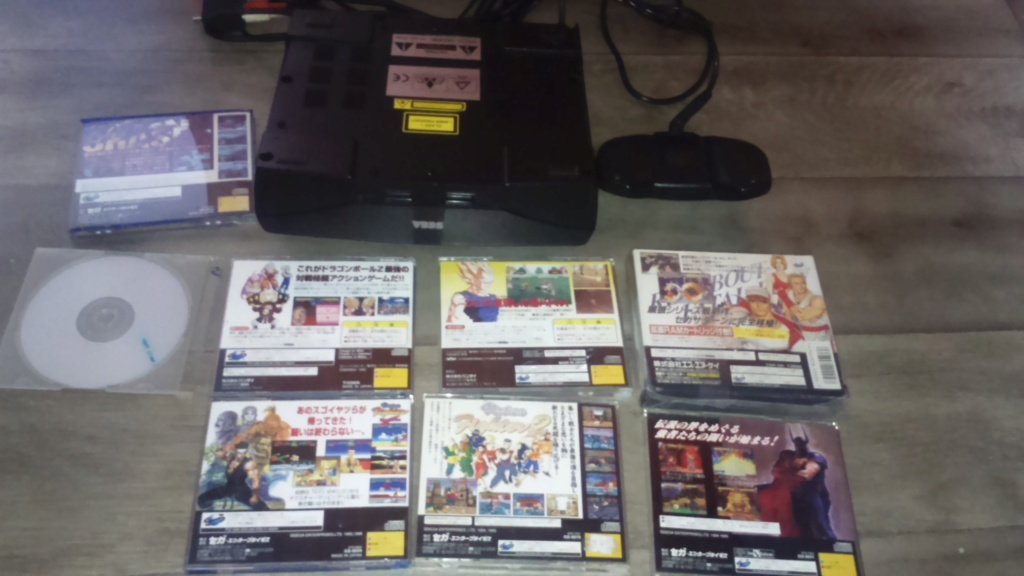 ( vds /ech ) console saturn pal model 2 mk plus démo et 2  classics  jeux japonais  85 e  out  Dsc_1744