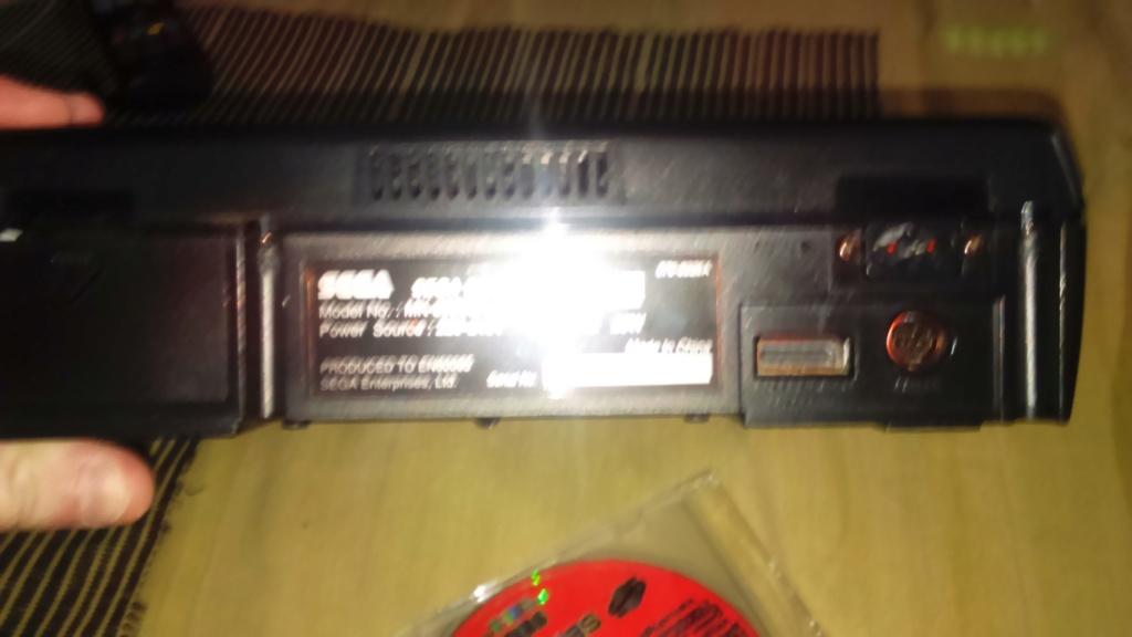 ( vds /ech ) console saturn pal model 2 mk plus démo et 2  classics  jeux japonais  80 e  out  Dsc_1746
