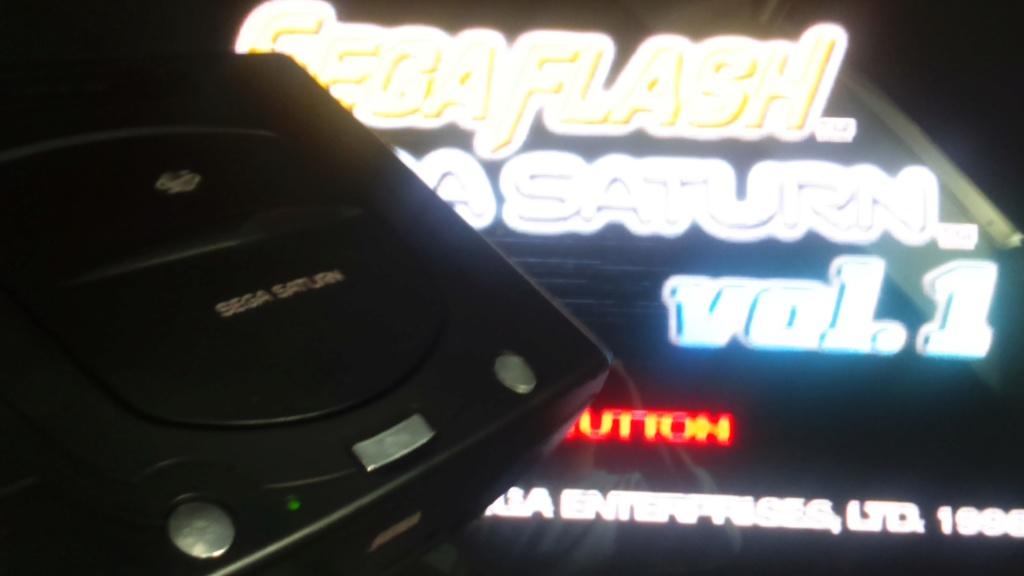 ( vds /ech ) console saturn pal model 2 mk plus démo et 2  classics  jeux japonais  80 e  out  Dsc_1749