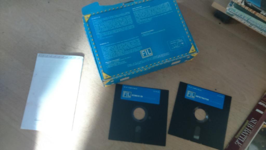 est 3 jeux big box ibm disquette pc5  Dsc_2070