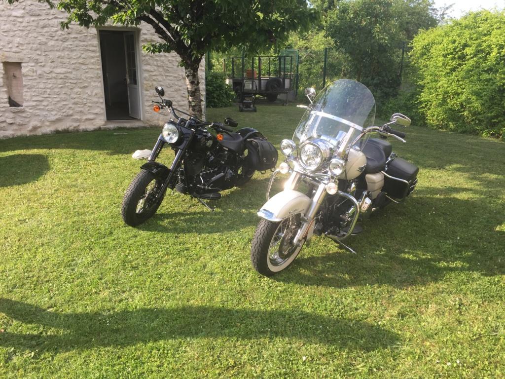 Road King uniquement, combien sur Passion-Harley  - Page 12 Img_0812