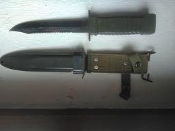Couteau Militaire type US marqué JAPAN ?... Img_2051