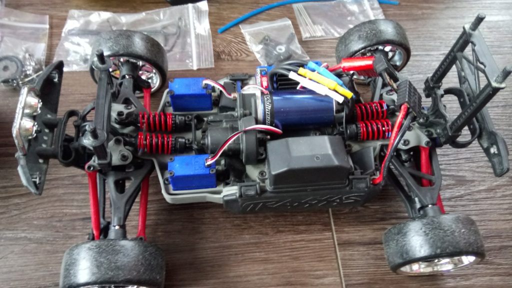 [Vends] Voiture RC Traxxas summit VXL 1/16 (brushless) Dsc_0110