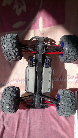 [Vends] Voiture RC Traxxas summit VXL 1/16 (brushless) Dsc_0611