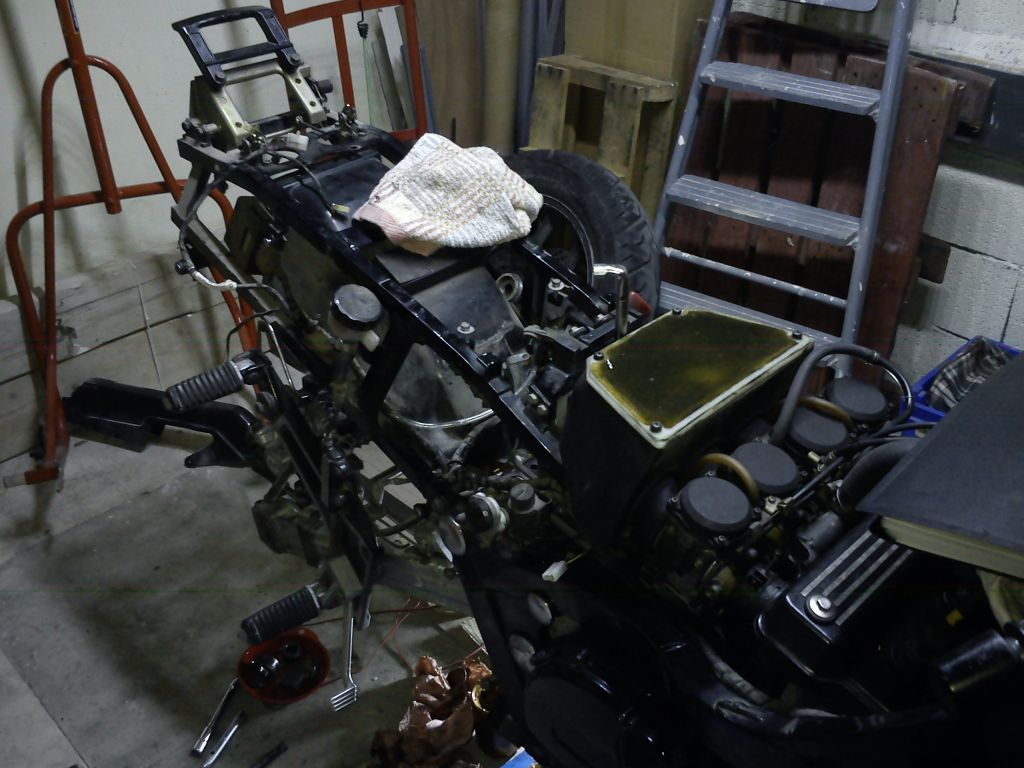 GPZ1000RX 2014-2020 Reconstruction  F6e6a111