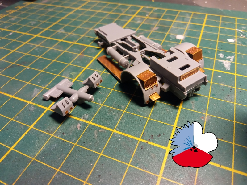 SS-100 Gigant - Terminé!!! - Page 2 Montag28