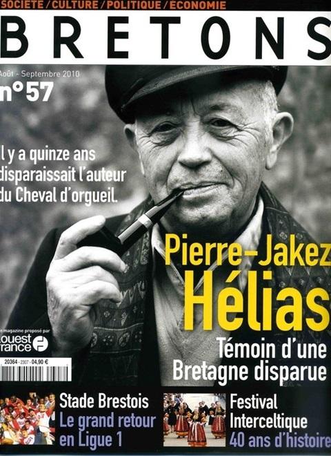 Pétuneur Breton souffle une bougie supplémentaire  I2817510