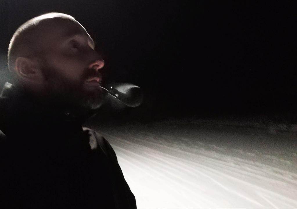 Janvier 7 homme fumant sa pipe alors que je ne pouvais pas.  Img_2185