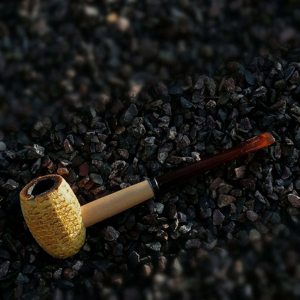 Mai 3, boulot, dodo, tobacco.  Img_2398