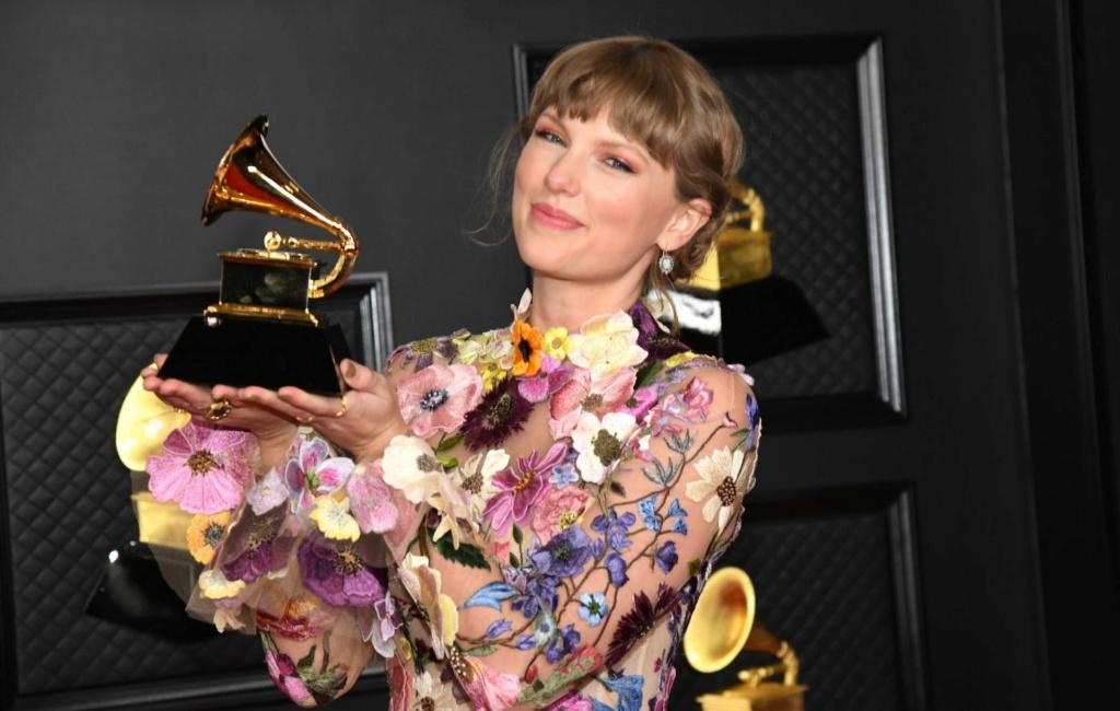 Taylor Swift (para fans de Ryan Adams) - Página 13 Taylor10