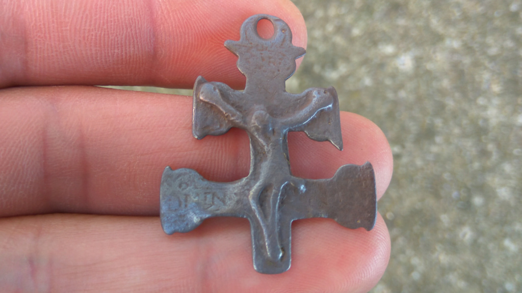 Fragmento Cruz de Caravaca bifaz con Inmaculada , S. XVII 219