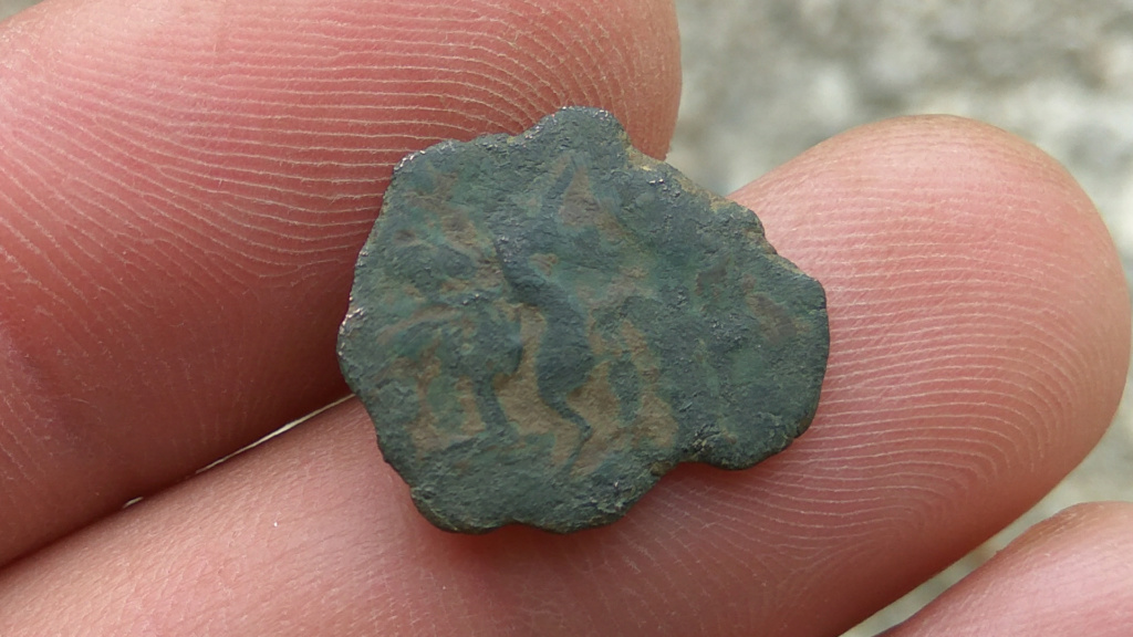 AE3 de Constancio II. FEL TEMP – REPARATIO. Soldado romano alanceando a jinete caído. 223