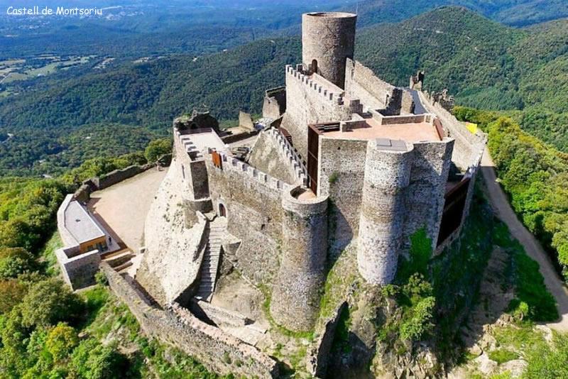 Los castillos más bonitos  - Página 2 Castel11
