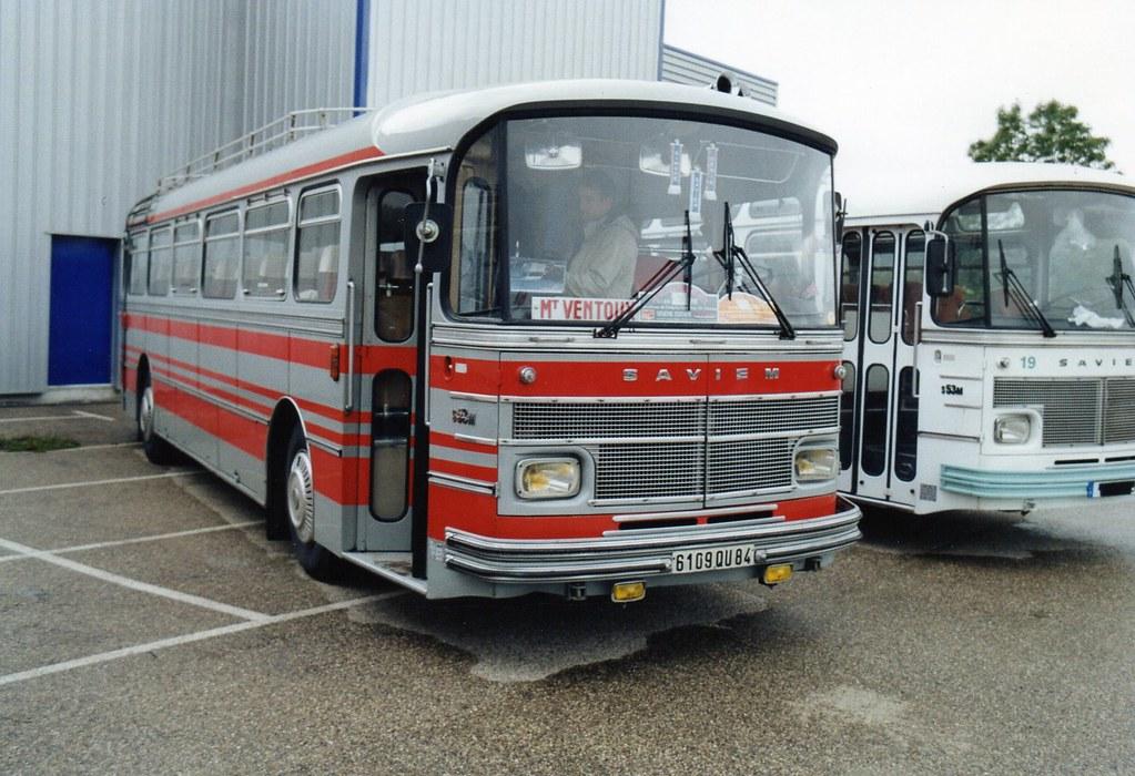 Les cars et bus miniatures - Page 14 11036610