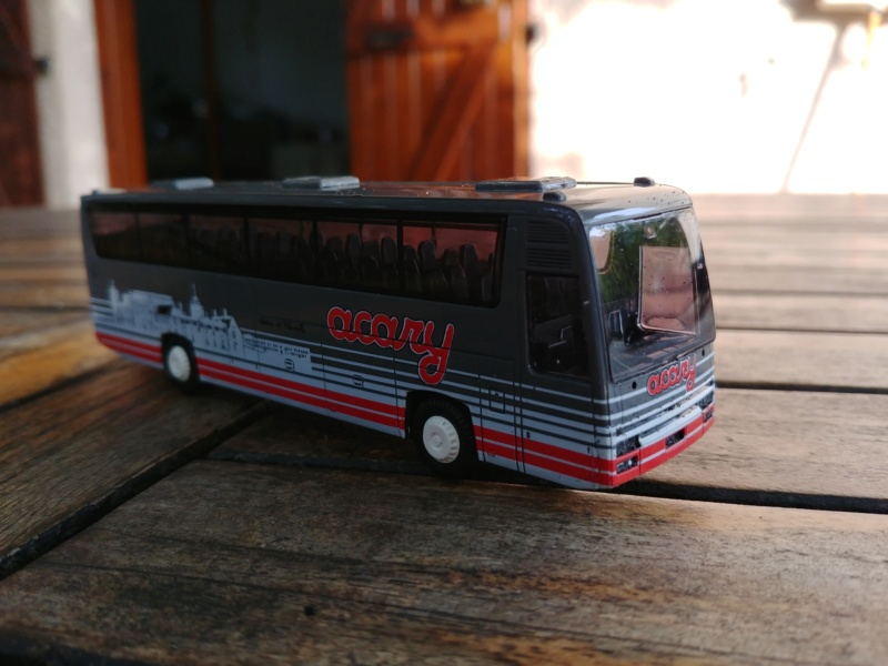 Les cars et bus miniatures - Page 14 Fr1_ac10