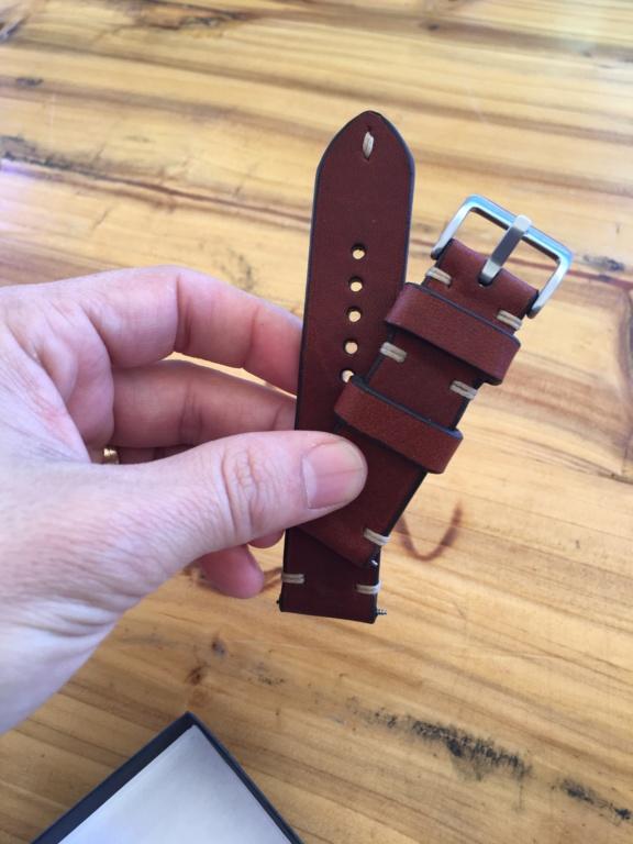 Bracelete em pele estilo vintage 8b585a10