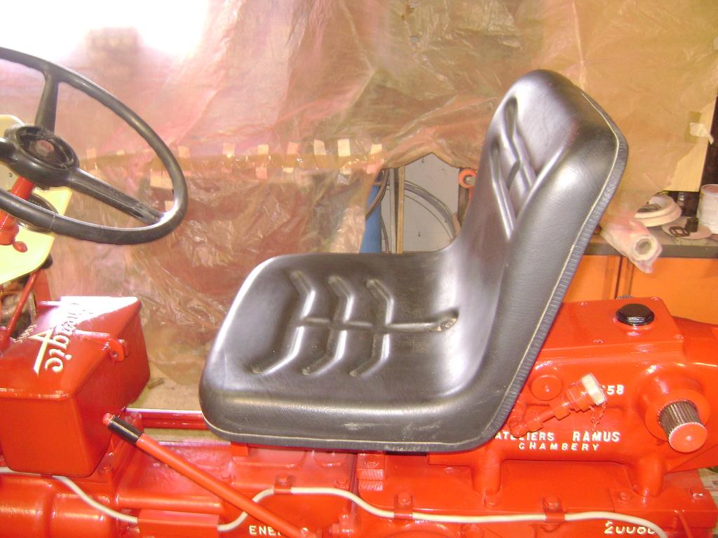 restauration - restauration d'un tracteur ENERGIC 519 B Dsc05533