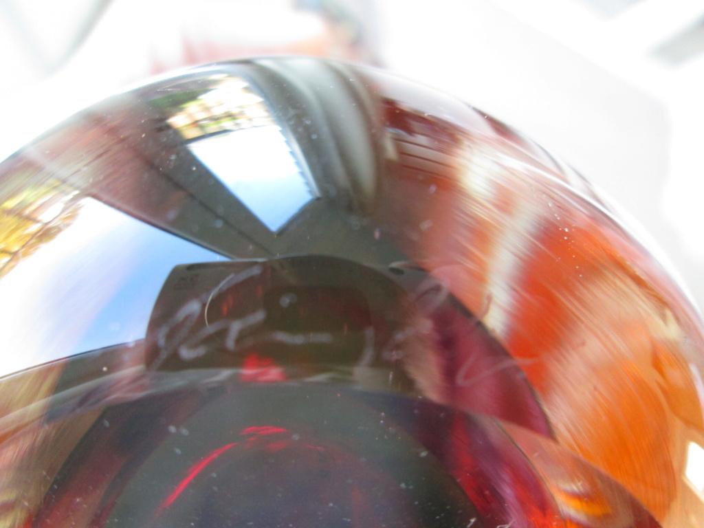 NEW ZEALAND ART GLASS VASE SIGNED NZ 1978 TAZ PETRI? PELI? Img_1815