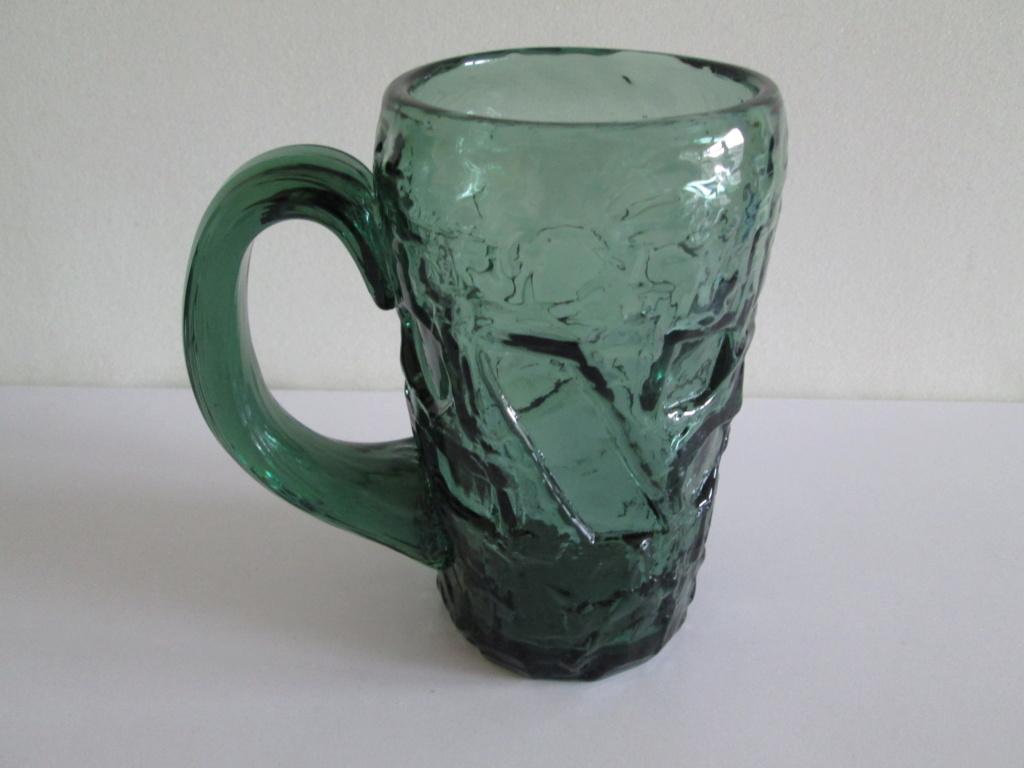 RETRO GREEN GLASS TANKARD ID WHITEFRIARS? SHAPES CIRCLES SQUARES ETC Img_4311