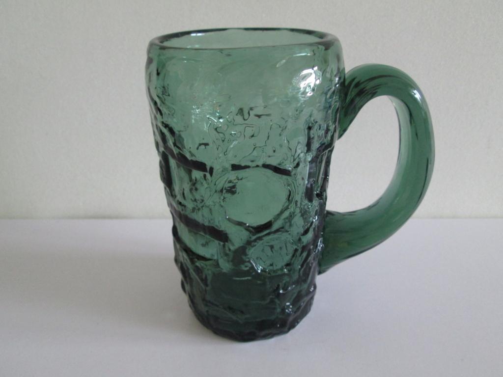 RETRO GREEN GLASS TANKARD ID WHITEFRIARS? SHAPES CIRCLES SQUARES ETC Img_4312
