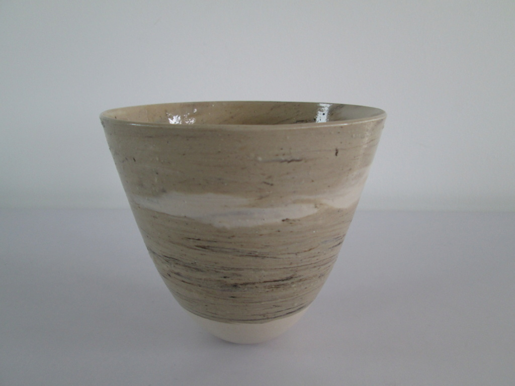 VERY THIN STUDIO POTTERY CERAMIC CONICAL BOWL STYLISED AV A or AN MONOGRAM Img_5214