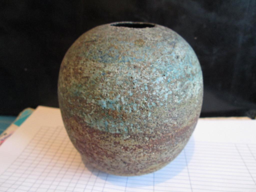 Please help ID Pottery Vase Swirl with P monogram Img_6912