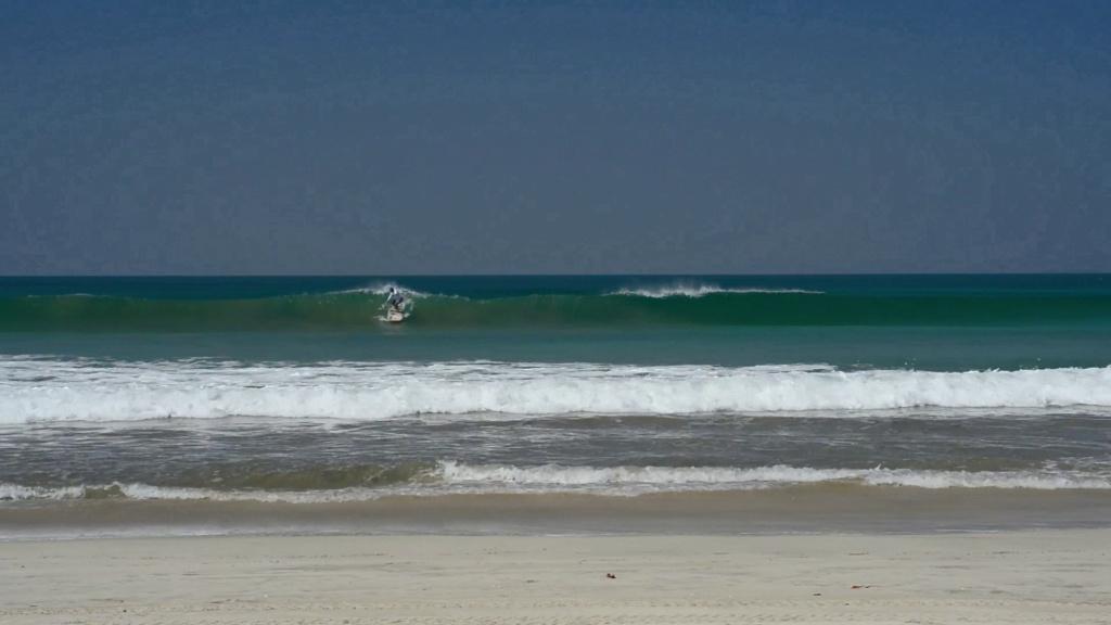 Début de la nouvelle saison surf en Birmanie Vlcsna16