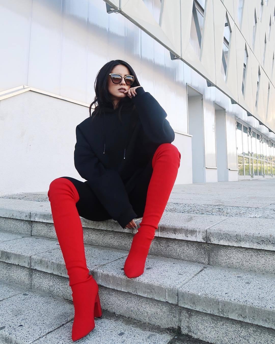 Ioana Grama Fashion Boots.  17-09_10
