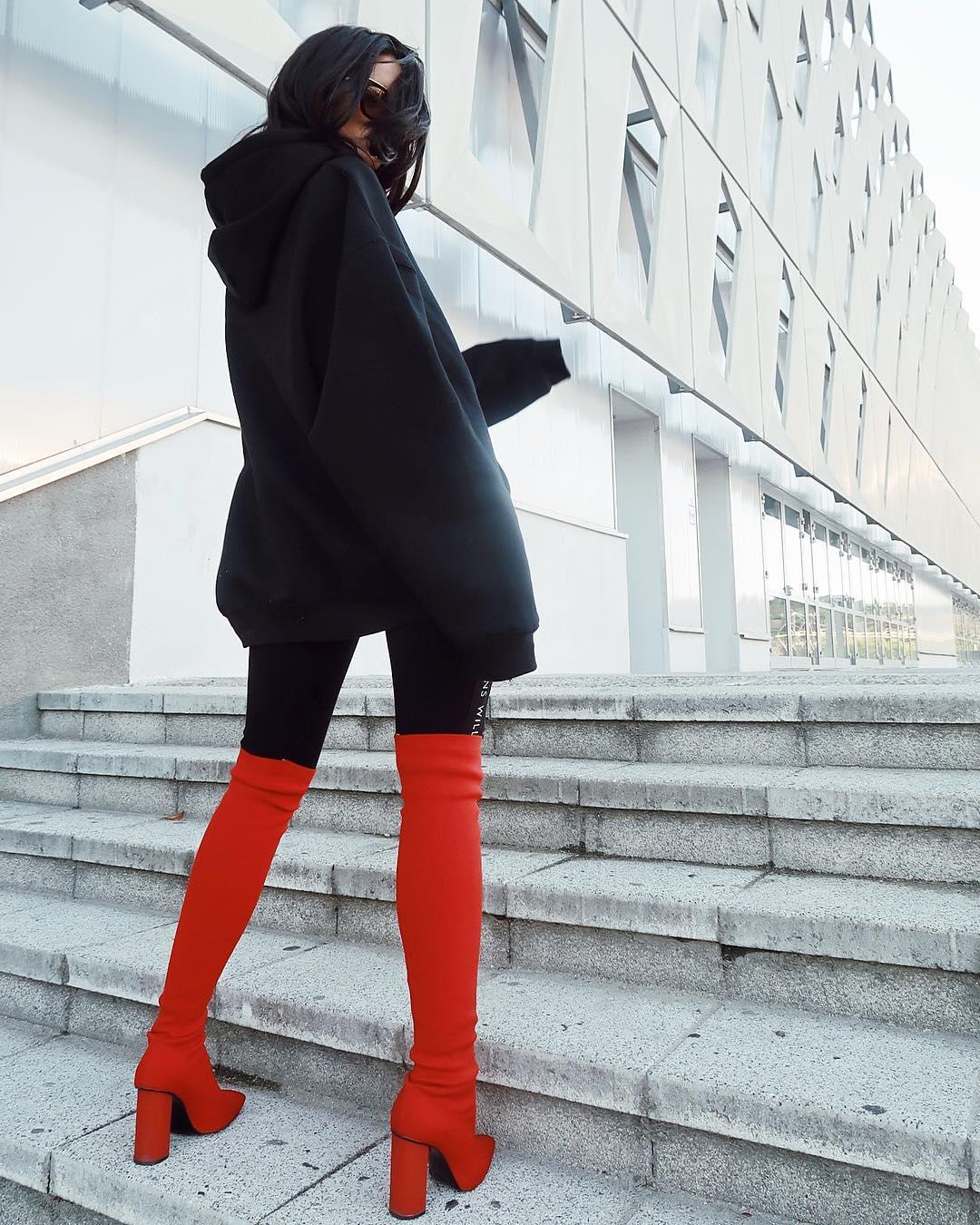 Ioana Grama Fashion Boots.  17-09_12