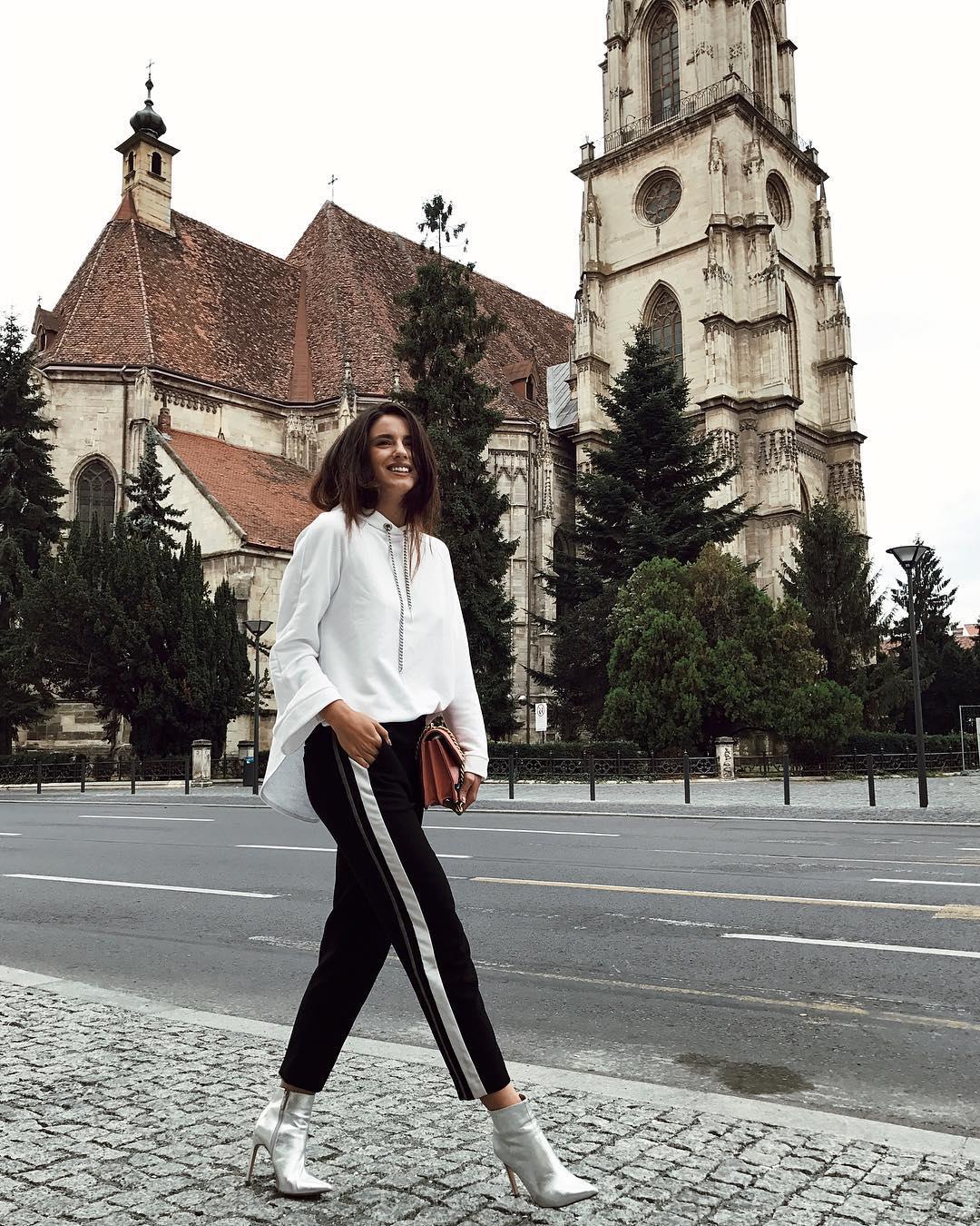 Ioana Grama Fashion Boots.  17-09_13