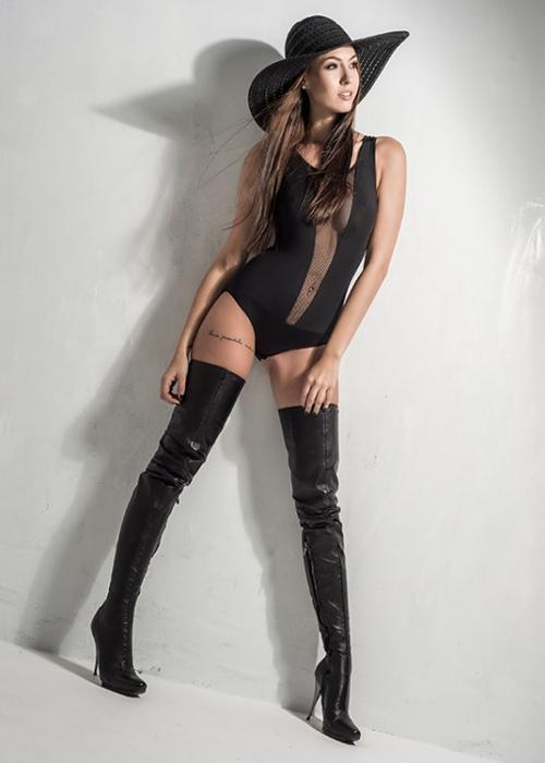 Arollo Leather Heeled Boots Isabel11