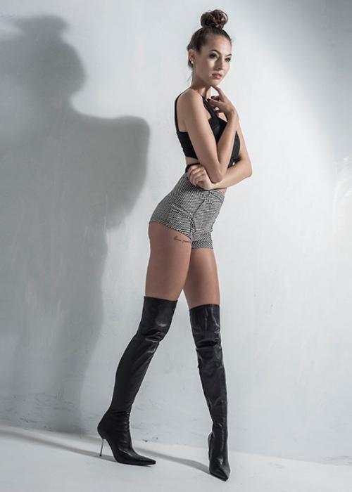 Arollo Leather Heeled Boots Isabel12