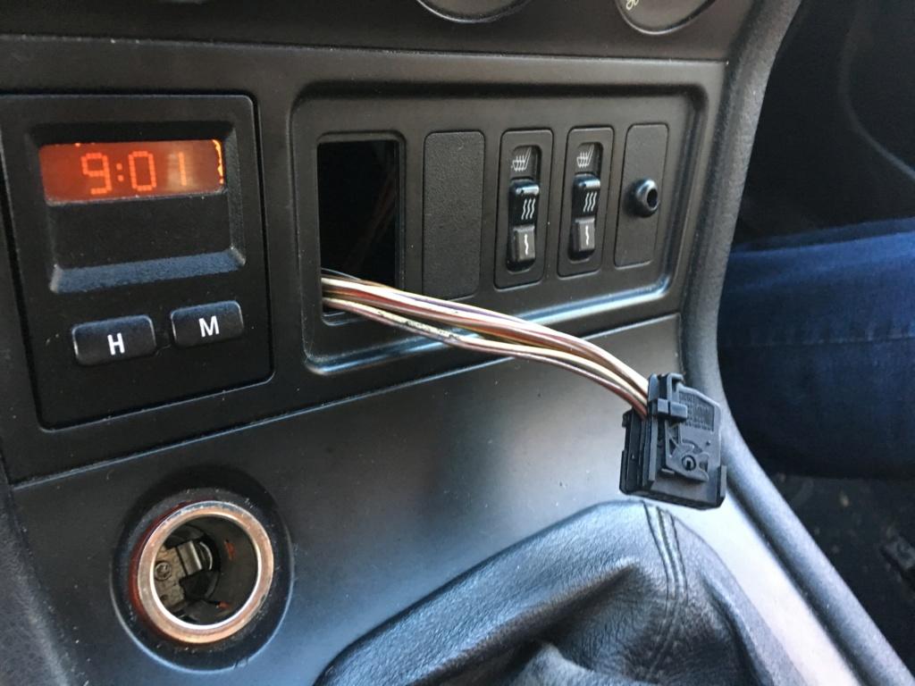[ BMW Z3 1.9 M44 an 1996 ] problème de centralisation Img_0212