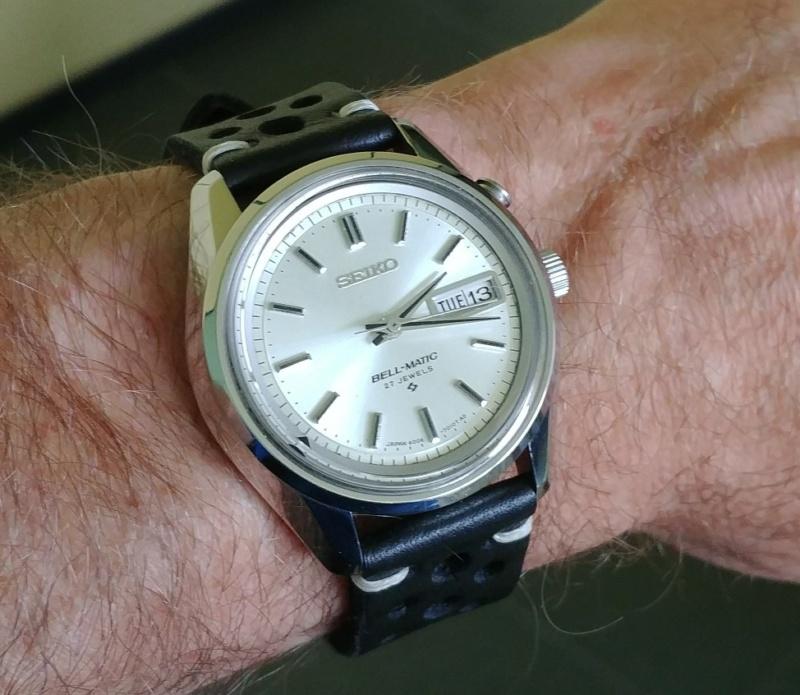 Votre montre la plus attachante... Bell311