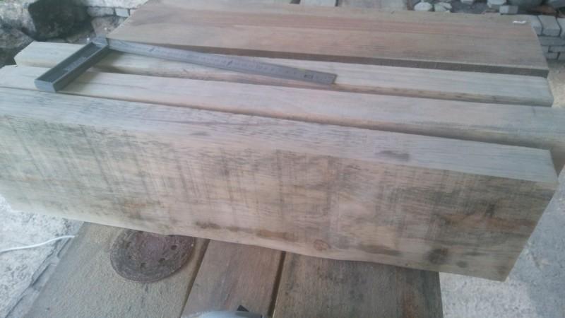 Fabrication d'un meuble pour un bac de 480lt 20190612