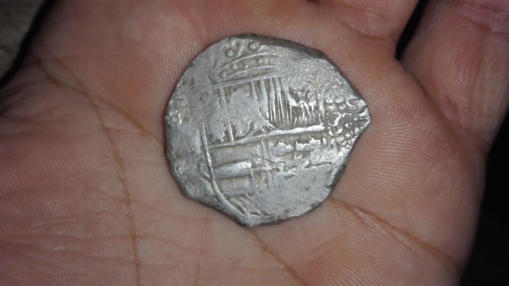 8 reales macuquinos de Felipe IV de Potosí. Cae09310