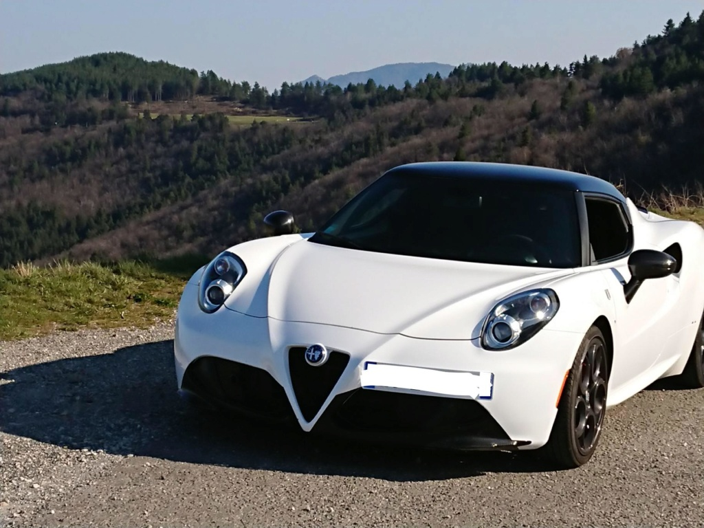 Alfa Romeo 4c du plasti dip et du carbone en plus Fullsi11