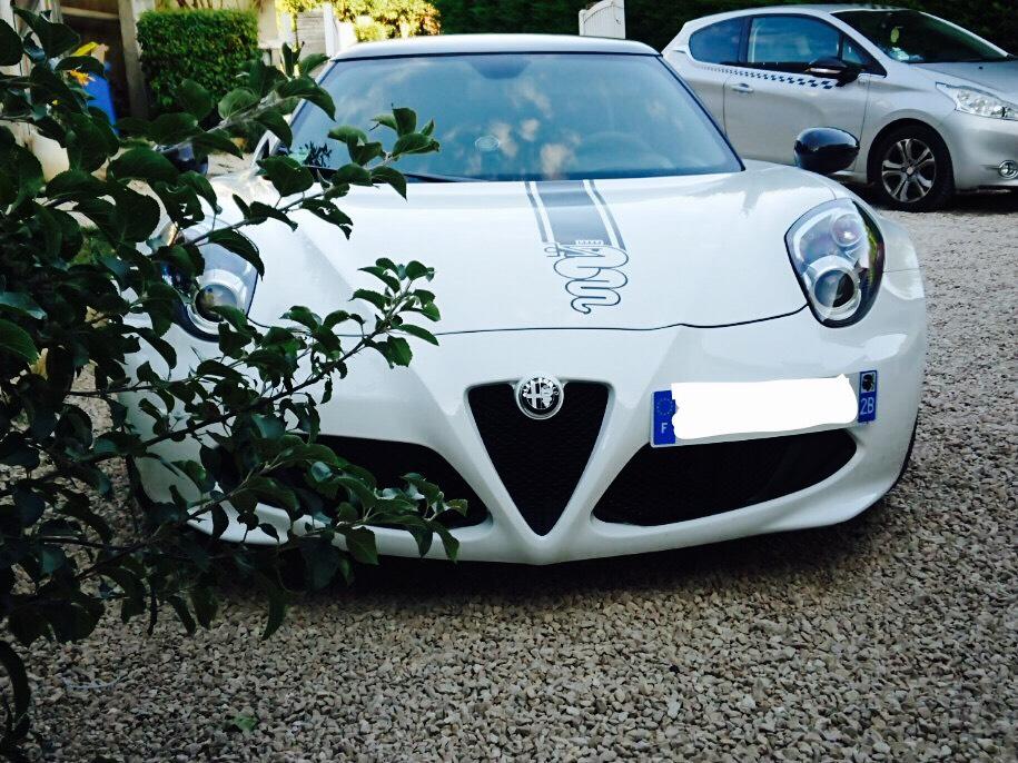 Alfa Romeo 4c du plasti dip et du carbone en plus Img_1810