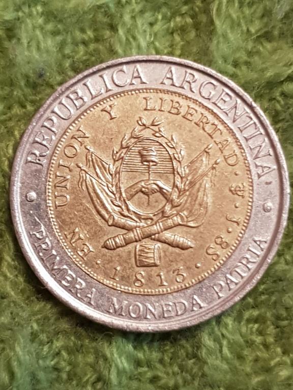 Un peso 1995 Argentina. Error provingias. Un regalo de un amigo. 20191154