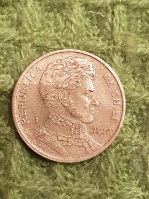 10 pesos Chile.Monedas años 2000 y 2005 20191162