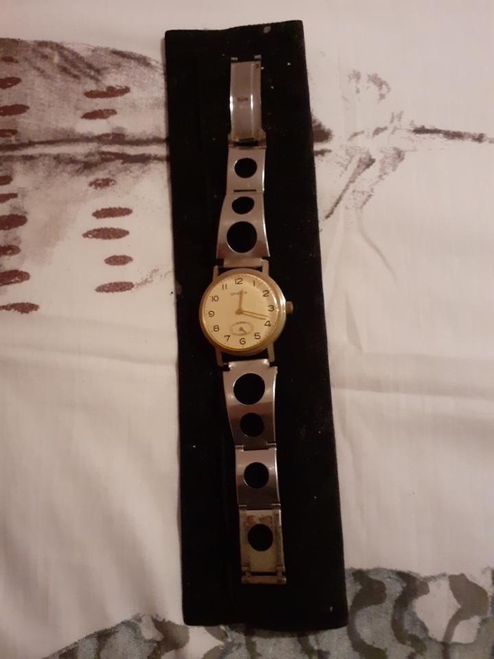 ZENITH -  [Postez ICI les demandes d'IDENTIFICATION et RENSEIGNEMENTS de vos montres] - Page 29 117510