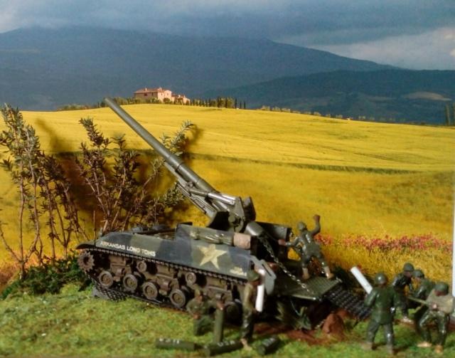 FIRE !!! -- M40 GMC 155 mm. Long Tom - Revell 1/72 01-03-10