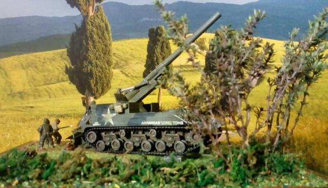 FIRE !!! -- M40 GMC 155 mm. Long Tom - Revell 1/72 01-03-12