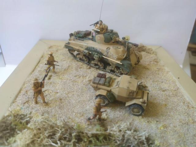 Benghazi Noel 1942 . Sherman et Dingo  1/72 06-03-10