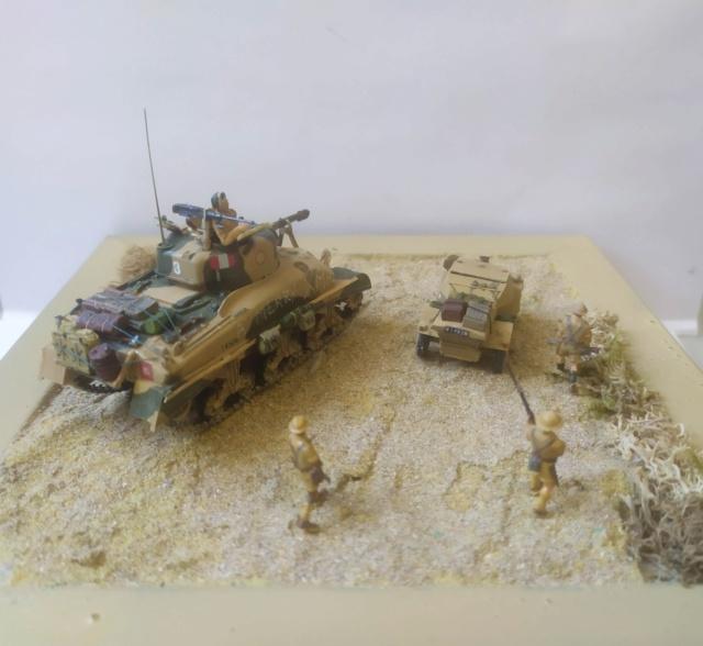 Benghazi Noel 1942 . Sherman et Dingo  1/72 06-03-11