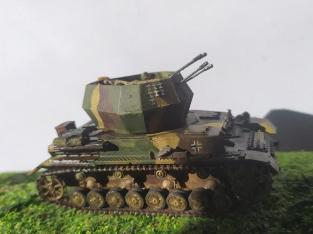 Flakpanzer IV Wirbelwind -- revell --1/72 08-08-10